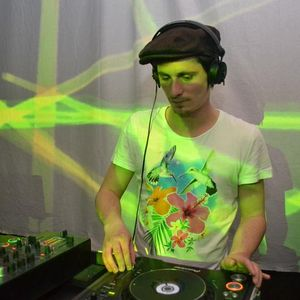 Entry Outlook Festival Competition shadi@ la subsol cluj