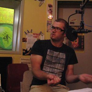 15 Jan Pt 1 Unhappy Hour. Guest: Brendon Shields. Hosts: Toast & Danie