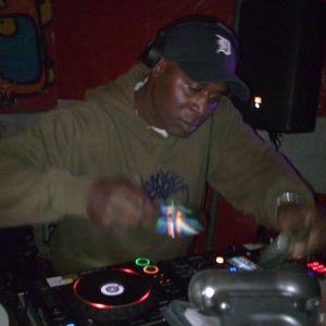Dr. Memphis live @ 'bam bam' on magneetfestival 9-9-'11 (full hour set)