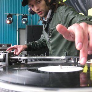 Fucking xVinyl Mix by TeaTime @ Sasha&Alex Village Session