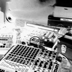 FeRyFlEx_@_ Trillogie der Affen .... Peng in die Fressssssse_Promo Set .mp3