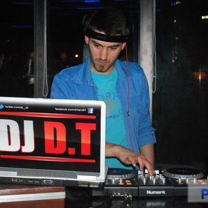 DJ d.T on deck