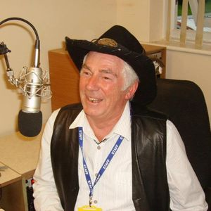 Tuesday afternoon Country & Western music from your legendary country singers on 106.9 FM 17/01/17