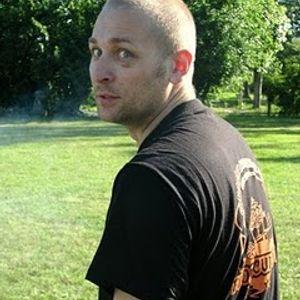 AUTOPISTA LIVE TRIP vs. DJ RUSO PLATZ