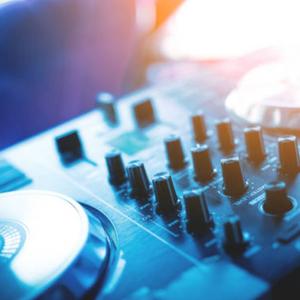 DJ Ricky K show replay on traxfm.org - Sunday 10th February 2019