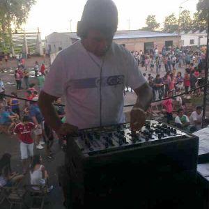 Dj Mauricio Fernández - Megamix Tropi Fiesta (Al suelo uraaa)
