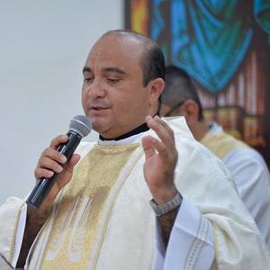Homilia Pe Carlos César na missa do terceiro dia da Semana Bíblica