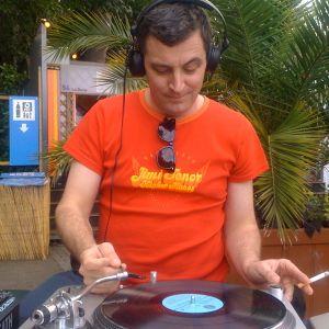 Mash Up's Caribbean & African music mix Part 2 - écoutes au vert @ Barje des Sciences 25-07-10