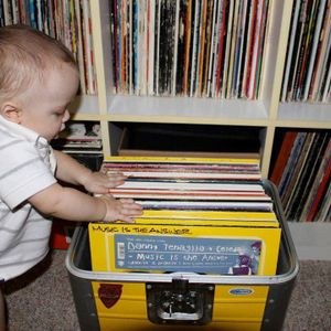 Because music is...My Ultimate Retro House 100% Vinyls