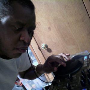 Wayne Qmix  Presents WQM Radio