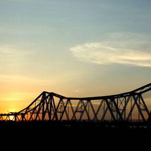 Kí ức cầu Long Biên