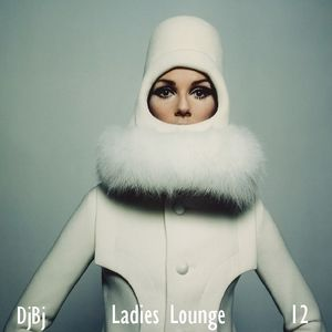 Ladies Lounge 12