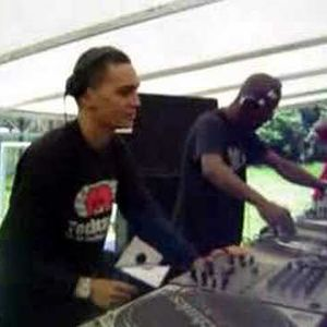 DJ Murphy + DJ Lukas 4decks at Daul Festival Vs Techcardia 14 04 2007 SPN