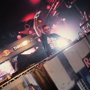 DJ DNS - Redbull Thre3style Chicago mix
