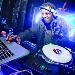 DJ Fú da Mangueira -  CL∆PS convida Ubunto (BA) + Pan-Ela (La Paz - 10-06-16)