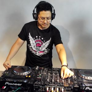 DJ Ou Live@Ghost DJ Studio In Taipei For  Summer Remix Contest Champion