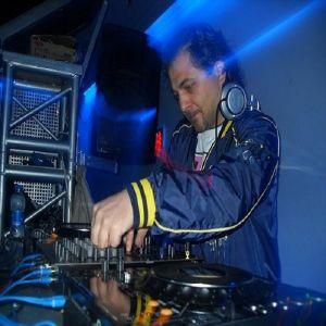 Serdar Ors @ Sound  Academy Records World Charts By Insomnia Fm 28-07-2012