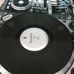 TECH HOUSE DJ EFREN SORIANO