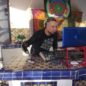 TECH-SESSION-4 -DJ VIRUZ