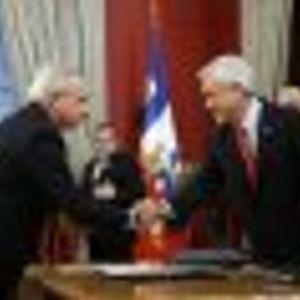 El cambio de gabinete que realizó el Presidente Piñera y otras voces del día