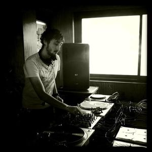 Lowris @ Concrete, Paris - 22.07.2012