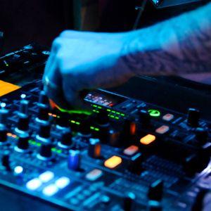 Dirty house mix Vezz D