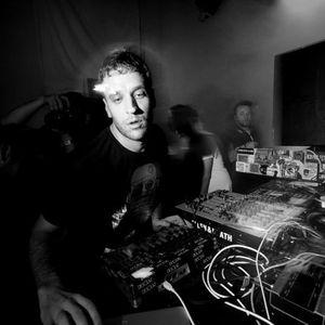 Guti Live @ Essential Mix (31.03.2012)