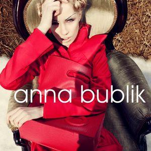 Anna Bublik@UFW Fall-Winter 11-12
