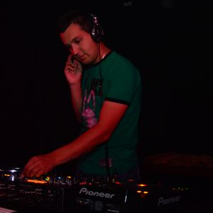 Luigi @ SOUND OF NOISE 07.10.2011 Soul Hunter Music Club