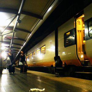 En Attendant Le Train, Volume 24.