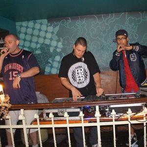 DJ Grazzhoppa LIVEMIX @ Bonnefooi BxL 17-08-2011 (chapter one)