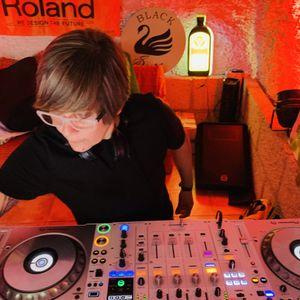 DJ LUUH IN THE HOUSE. RADIO SHOW# 32