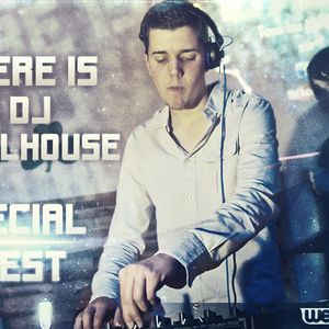 Here is DJ Follhouse N°13 (Guest Mike Traxx)