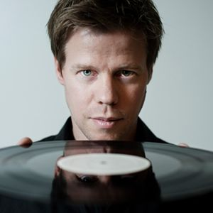 Ferry Corsten - Live at Ministry of Sound - 4-27-2012 - www.djshare.com