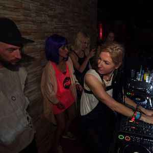 Damian Lazarus a Ellen Allien - Live at CircoLoco, Shelbourne Pool Party, WMC, Miami - 22-03-2012
