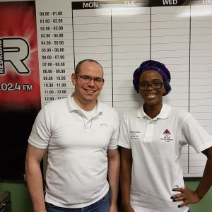 Redroad FM African Show With Yanela Ntlauzana