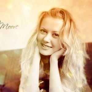 Julia Moore - Advance September mix