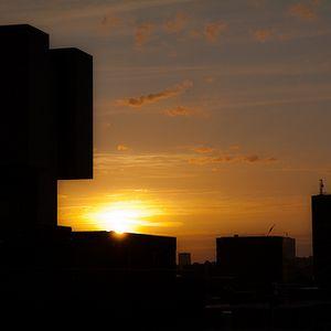 Dchad - Metropolitan Sunset
