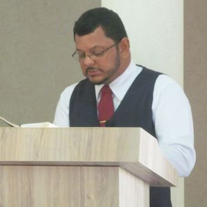 Pr. Manoel Luis Ferreira - Daniel 6 6-9