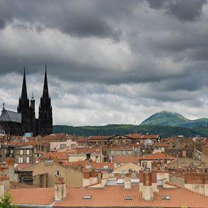 Live dounz in Clermont-Ferrand