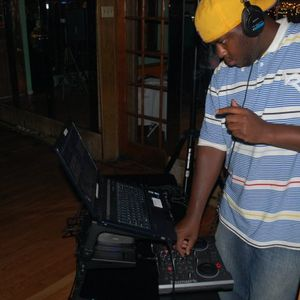 IN THE MIX WITH Dj LaRue