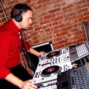 DJ Chills House mix 7/15/12 on the OSSNL 105.3 FM