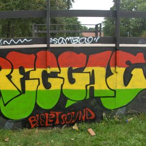 Smoothie's Reggae Rub Down