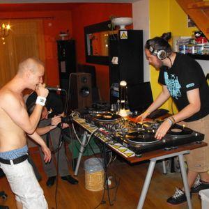 Savage + MC Fantom - oldschool dnb - live @ dnbnoise.com