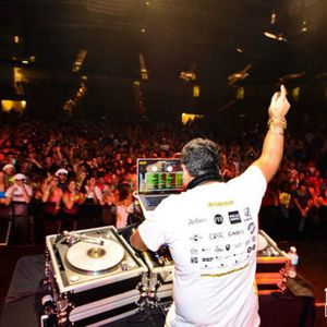 At Knight II (UCF Knight Rave 2012 Extended Set) - DJ Rishi B