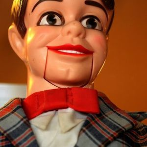 Klankschap XX - A ventriloquist with nothing nice to say about klankschap