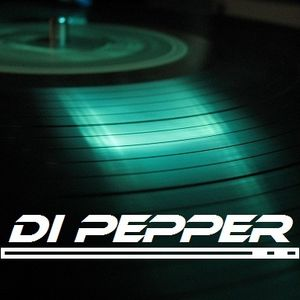 Di PePPer - 10001 - Techno inside@barferry