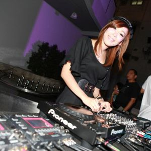 Techno Mix Sampler by DJ QueenP   TJ Eventz