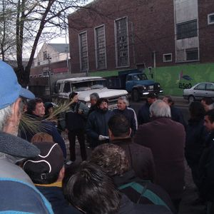 Trabajadores de la Municipalidad de Avellaneda realizaron asamblea en memoria de Luis Pons