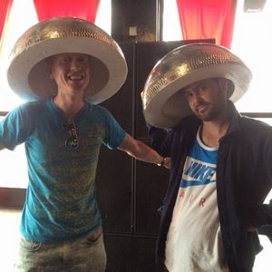 #StuckOnAir #526 With Oli Silva & Edward Jochen @93FeetEast